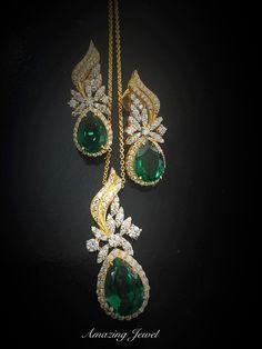 Look elegant by adorning emerald jewelry. Pendant Set, Diamond Pendant, Diamond Earing, Sterling Silver Jewelry, Antique Jewelry, Bollywood Jewelry, Gold Earrings Designs, Emerald Jewelry, Bridal Jewelry