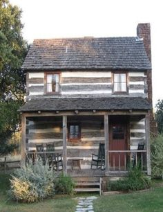 Old Time Farm House Cabin... I so would love living here! ♥