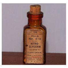 Vintage Medicine Bottle   -Nitro-Glycerine with Pills  -Parke, Davis, & Co.