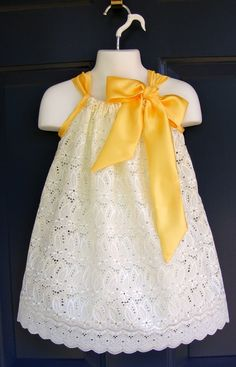 I would love to make a similar eyelet pillowcase dress like this for my baby girl! - Inspiration