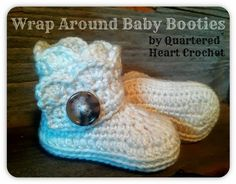 Free Crochet Pattern: Baby Wrap Around Boots (Pattern in 4 Sizes from Neworn to 18 Months) - Quartered Heart Crochet