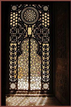 Stunning! A paisley door...