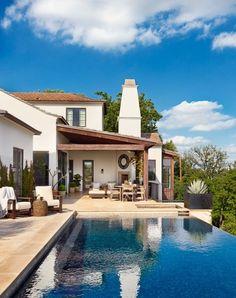 Villa in Hanglage-Außen-Schwimmbecken-Sommerterrasse überdacht