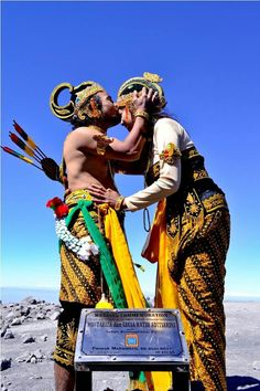 Inspiration #Wedding Ceremony on Mahameru Mountain, East Java