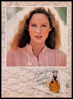 1979 Chantilly by Houbigant Perfume Perfume Diesel, Perfume Ad, Vintage Perfume, Cheap Fragrance, Fragrance Direct, Perfume Versace, Chloe Perfume, Retro Makeup, Eau De Toilette