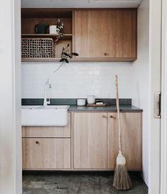 small room design for man Kitchen Interior, Interior Design Living Room, Living Room Designs, Living Room Decor, Laundry Room Design, Laundry In Bathroom, Kitchen Design, Kitchen Decorating, Laundry Room Inspiration