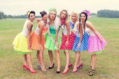Bachelorette party / Lánybúcsú Lily Pulitzer, Photography Ideas, Pin Up, Photoshoot, Retro, Dresses, Fashion, Vestidos, Moda
