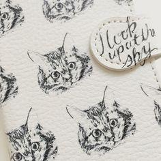 ハンドメイドマーケット+minne(ミンネ)|+空を見上げる猫シリーズ(ソマリ)iPhone6/6S手帳型ケース