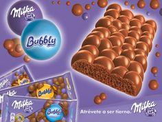 """Nuevo Milka Bubbly, burbujas de tierno chocolate Milka por fuera y por dentro, y Milka Bubbly Caramelo, chocolate con cremosas burbujas y delicioso caramelo. """"La sensación más suave y ligera en tu boca"""" Spot TV: http://www.youtube.com/watch?v=JLd70AcvUeY  #Milka #MilkaBubbly#conmarca #marcas #lovemarks"""