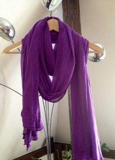 Kaufe meinen Artikel bei #Kleiderkreisel http://www.kleiderkreisel.de/accessoires/tucher/106660926-tuch-schal-lila-violett