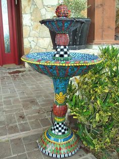 Koi Fountain - Delphi Stained Glass; would be so lovely in a backyard by a bbq and seating area...
