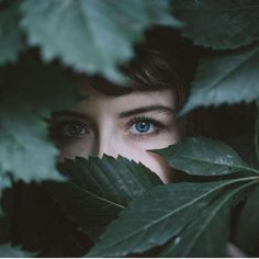 Ethereal Nature Portrait Photography - Photography, Landscape photography, Photography tips Artistic Portrait Photography, Photography Poses Women, Creative Photography, Amazing Photography, Forest Photography, Art Photography, Ethereal Photography, Landscape Photography, Foto Face