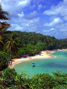 Unawatuna Beach, Sri Lanka. #travelinspiration #travel #hotel