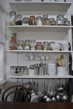 Morning, Kitchen organisation is one of the main tasks in a house, Kitchen need care and some perfectionism for a instant organisation . Kitchen Jars, Kitchen Pantry, Kitchen Items, Kitchen Gadgets, New Kitchen, Kitchen Dining, Dining Room, Kitchen Organisation, Diy Kitchen Storage