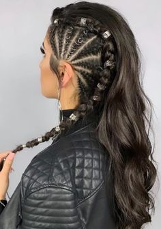 21 Wedding Braided Hair Can I wash my braids? Braided Hair Styles For Kids Pretty Hairstyles, Braided Hairstyles, Quick Hairstyles, Hairstyle Ideas, Hair Places, Curly Hair Styles, Natural Hair Styles, Braids With Curls, Side Braids