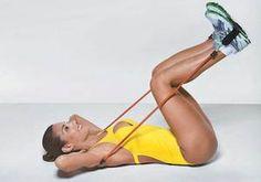 Exercícios com elástico deixam os músculos durinhos - Corpo - Saúde - CLAUDIA - VOCÊ INTEIRA