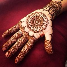 Mehndi Designs will blow up your mind. We show you the latest Bridal, Arabic, Indian Mehandi designs and Henna designs. Easy Mehndi Designs, Henna Hand Designs, Latest Mehndi Designs, Bridal Mehndi Designs, Rajasthani Mehndi Designs, Legs Mehndi Design, Mehndi Designs For Girls, Mehndi Designs For Beginners, Mehndi Design Pictures