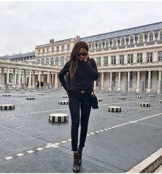 """Páči sa mi to: 890, komentáre: 6 – @street_style_paris na Instagrame: """"@symphonyofsilk"""""""