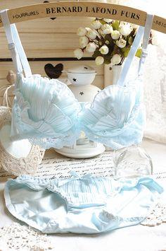Marine . shell pleated chiffon lace embroidery sweet push up bra breasted 3 underwear set US $26.32