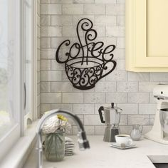 No need for a large space to create a modern kitchen, functional and full of charm. Painted with sober colors or more sustained, these small kitchens are . Coffee Nook, Coffee Bar Home, Coffee Cups, Tea Cups, Coffee Art, Coffee Themed Kitchen, Coffee Kitchen Decor, Wall Decor Online, Wall Decals