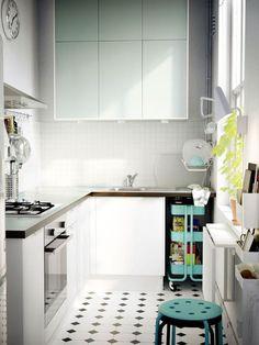 cocina pequea distribuida en l cocinas muy bien