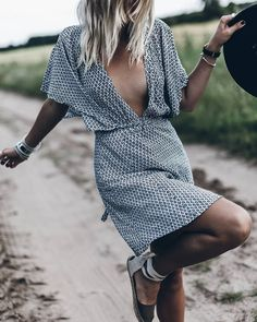 This Pin was discovered by Tess Montgomery I Lifestyle, Beauty and Fashion Blogger. Discover (and save) your own Pins on  Pinterest.