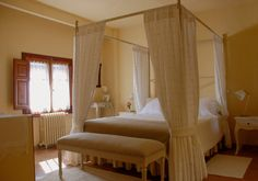 La Casona de Éboli - nº 2 Tan Solo, Bed, Room, Furniture, Home Decor, Hair Dryer, At Home Gym, Country Cottages, Fire Places