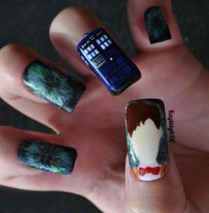 Doctor Who Nail Art. Very cool, but where's the fez nail?