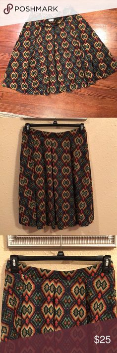 LULA ROE print skirt Beautiful not zipper packed side excellent condition LuLaRoe Skirts Midi