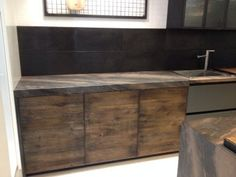 Aster cucine factory collection rustic modern for Aster kitchen cabinets