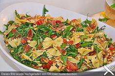 Nudelsalat auf italienisch, ein beliebtes Rezept aus der Kategorie Gemüse. Bewertungen: 832. Durchschnitt: Ø 4,7.