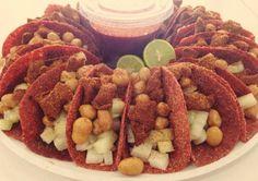 Disfruta tus tacos de botana con estas tortillas de tamarindo