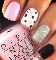 Semi-permanent varnish, false nails, patches: which manicure to choose? - My Nails Stylish Nails, Trendy Nails, Milky Nails, Nagellack Design, Nail Polish, Super Nails, Fancy Nails, Sparkle Nails, Toe Nails