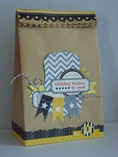 sac en papier cadeau customisé