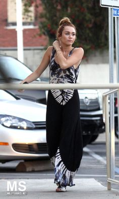 8ae60fed67d5 Miley Cyrus media gallery on Coolspotters. See photos