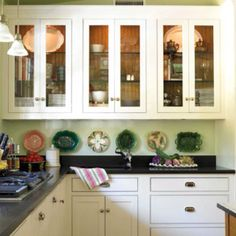 Home Decorating Style 2020 for 23 Awesome White Kitchen Cabinets Decor Ideasstyle Design, you can see 23 Awesome White Kitchen Cabinets Decor Ideasstyle Design and more pictures for Home Interior Designing 2020 982 at Fun Decor. Kitchen Cabinets Decor, Kitchen Cabinet Styles, Kitchen Cabinet Hardware, Cabinet Decor, Kitchen Ideas, Display Cabinets, 1930s Kitchen, Vintage Kitchen, Kitchen Cabinets Black And White