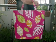 Wachstuchtasche Tasche in pink  von Nähwittchen auf DaWanda.com