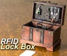 Woodworking Program Arduino Controlled Lock Box With Solenoid and RFID - The RFID Lock Box combines Arduino, RFID and a Solenoid to make your very own personal safe! The Lock Box will only open to Key Cards that you've programmed into . Electronics Projects, Computer Projects, Robotics Projects, Hobby Electronics, Electrical Projects, Woodworking Courses, Woodworking School, Learn Woodworking, Woodworking Ideas