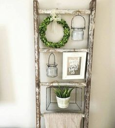 36 brilliant, reused old ladder ideas for upcycling .- 36 brilliant, reused old ladder ideas for upcycling fans – - Farmhouse Decor, Rustic House, Country Decor, Decor, Diy Home Decor, Home Diy, Ladder Decor, Rustic Decor, Home Decor