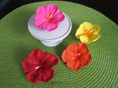 Royal Icing Hibiscus Flowers Many Colors and by VillageSweets