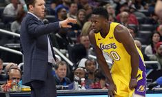 Report | Lakers turning down 2nd-round picks for Julius Randle