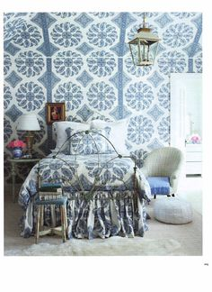 A simple thing like color coordinating the castings with the blue in the wallpaper, tie this antique twin in nicely with it's surroundings. #ironbeds #antiqueironbeds