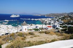 AIDAdiva auf Mykonos #Cruiseship #cruiseline #Kreuzfahrt #Greece