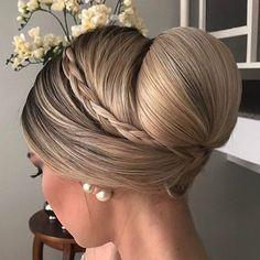Hair Styles – Hair Care Tips and Tricks Party Hairstyles, Down Hairstyles, Braided Hairstyles, Wedding Hairstyles, Medium Hairstyles, Mother Of The Bride Hair, Hair Upstyles, Wedding Hair Inspiration, Bridesmaid Hair
