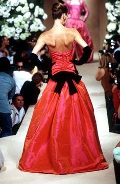 Yves Saint Laurent Haute Couture Fall/Winter 1995 - Back