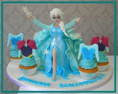 Elsa - The Magic remains - Cake by Mel_SugarandSpiceCakes