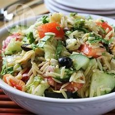 Griechischer Orzo-Salat @ de.allrecipes.com