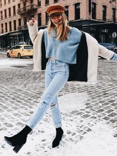 This post contains the best comfy winter outfits. These outfits are fabulous, stylish and will keep you warm. Besides, they are affordable. Fashion Mode, Look Fashion, Fashion Trends, Womens Fashion, Fall Fashion, Trendy Fashion, Ladies Fashion, Feminine Fashion, Fashion 2016