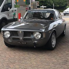 Classic Car News Pics And Videos From Around The World Alfa Romeo Junior, Alfa Romeo Gta, Classy Cars, Sexy Cars, Alfa Bertone, Automobile, Sport Cars, Cars And Motorcycles, Luxury Cars