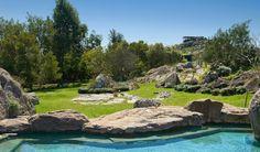 20131111_arqD_piscina de pedras e permacultura #Hotel Fasano Punta del Leste via: www.fasano.com.br//upload/imagem/galeria/hoteis/principal/4dbbd86b62717f26e28cc1b70f7694c9.jpg